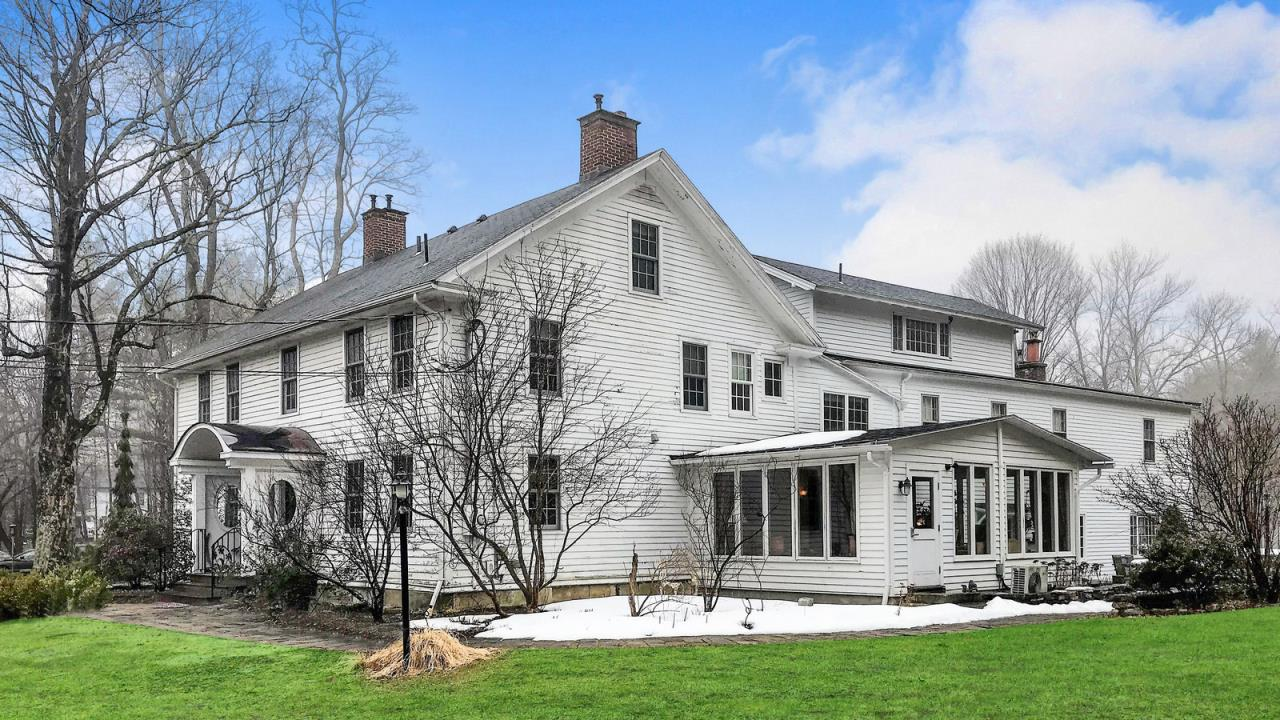Historic Country Inn in the Berkshires   286 Great Barrington Road ...