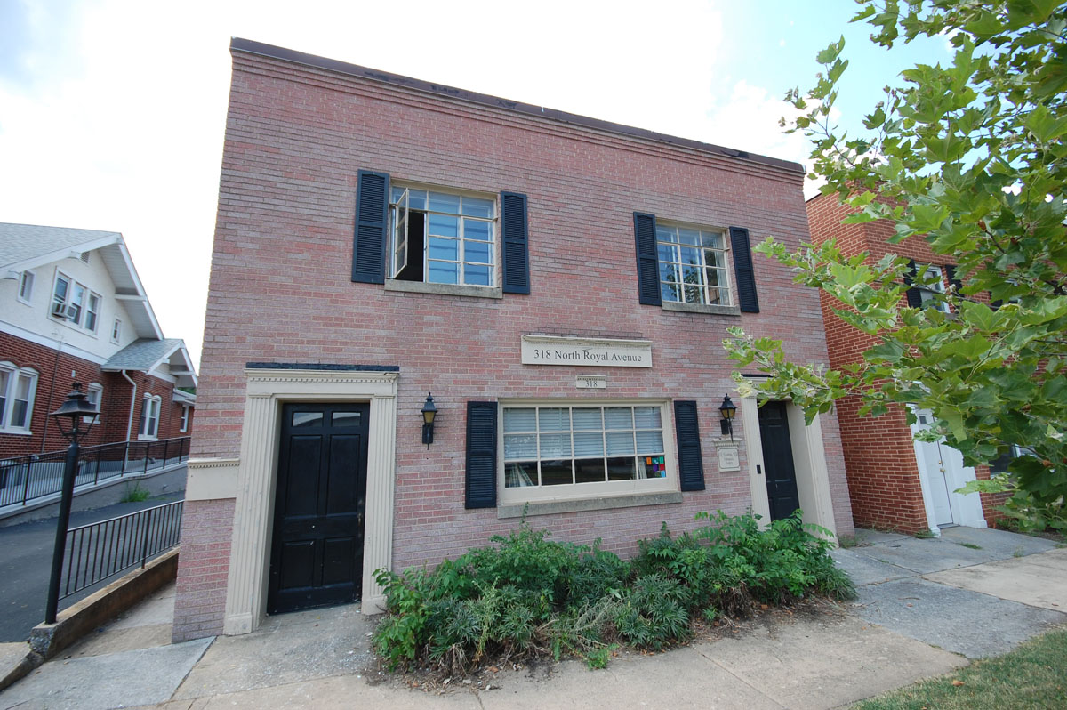 Apartment Building Auctions sold at auction : foreclosure avoidance - commercial/apartment