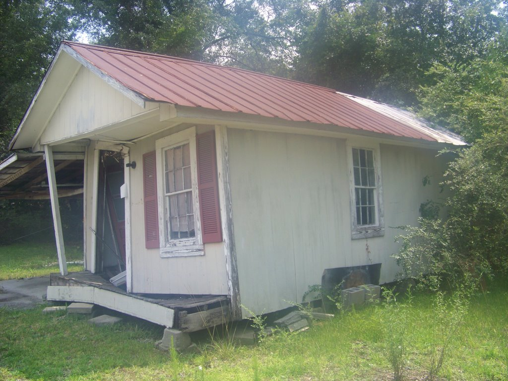 Bank Ordered Auction Traditional Home In Conway South
